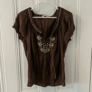 Old Navy Embroidered Front Top